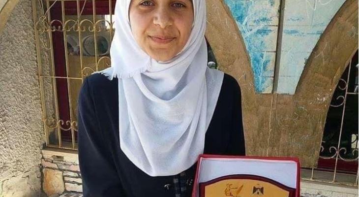 نور سعد ابنة الشهيد رامي سعد