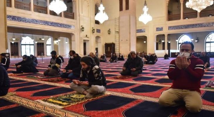 الصلاة في المسجد كورونا.jpg