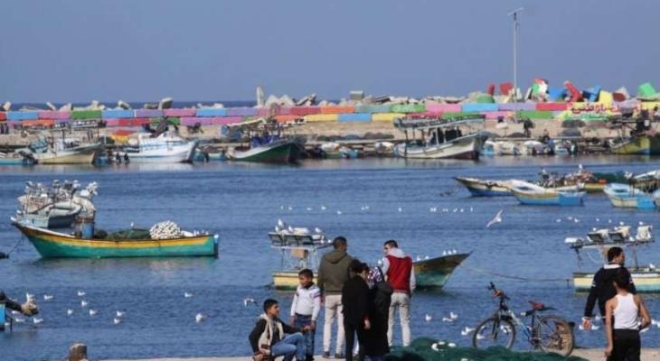 ميناء غزة مواطنين.jpg