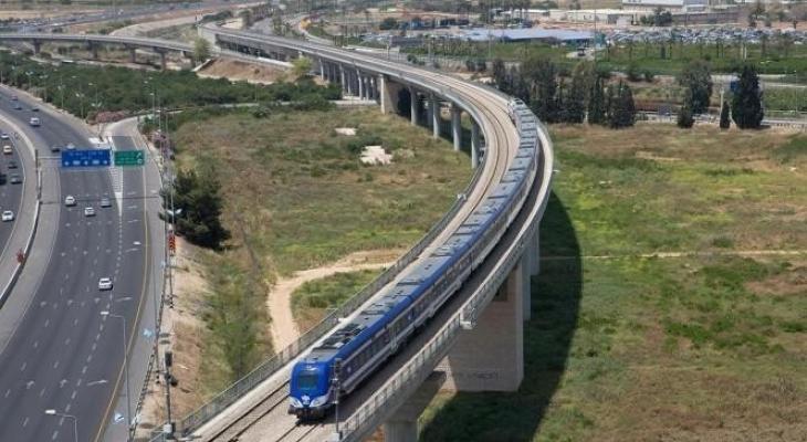 قطار سكة حديد.jpg