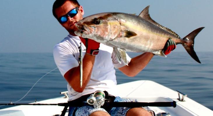 15e6c1fe8 مجانا - تفسير حلم صيد السمك أو مسكه باليد أو أكله في المنام
