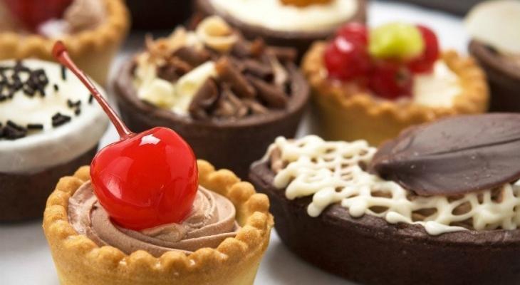 تفسير حلم اكل الحلويات للعزباء للنابلسي وابن سيرين 2020 Mashreq News