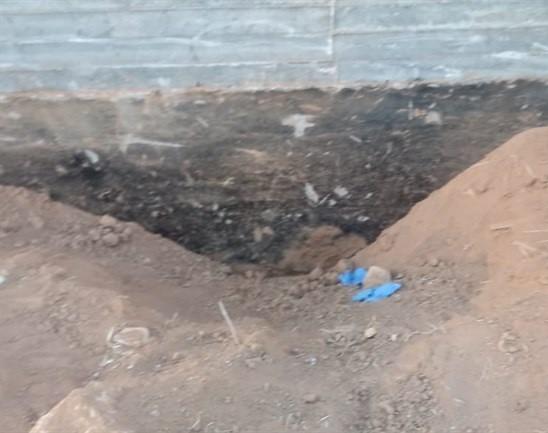 الارض التي دفنت بها الفتاة.jpg