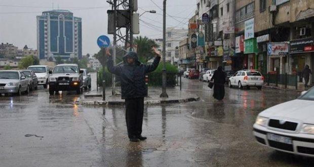 شرطي مطر.jpg