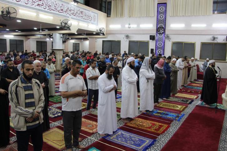 صلاة الفجر بعد فتح مساجد غزة3.jpeg